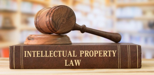 intellectual-property-lawyer-648×317