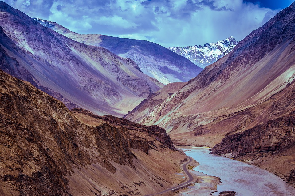 best Leh Ladakh tour packages